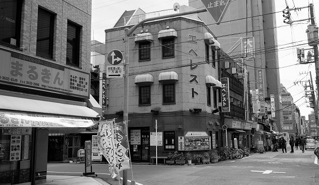 富士フイルム X-T10 と男の街・東上野とキムチ横丁を歩く (2/2)