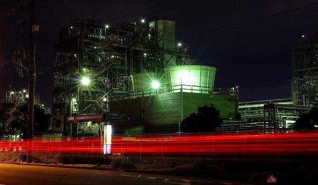 富士フイルムX-T10/XF 35㎜ F2で川崎・工場地帯の夜景を撮る (2/2)