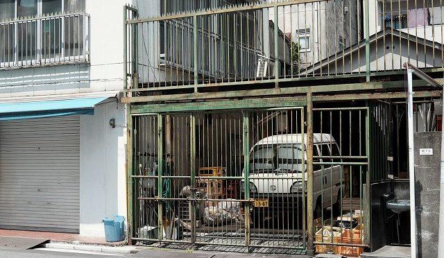 富士フイルムX-T10/XF 35㎜ F2で横浜のドヤ街・寿町を歩く (3/3)