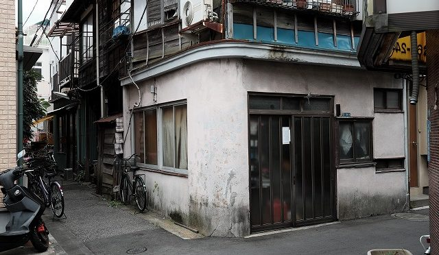 富士フイルムX-T10/XF 23㎜ F1.4で浅草裏街道を往く♪ (1/5) 曳舟から鳩の街、待乳山聖天へ