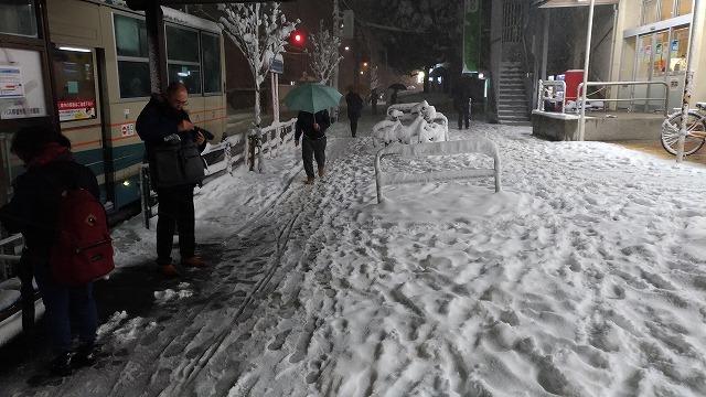 東京4年ぶりの大雪警報・品川から吉祥寺への難行苦行な帰宅...