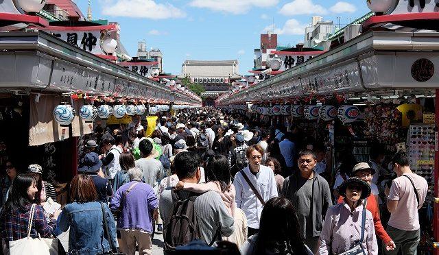 東京に40年住んでるのに初めて浅草・三社祭へ行ってみた。